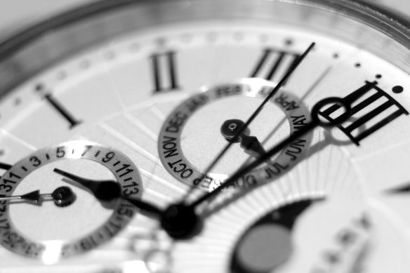 accuracy-alarm-clock-analogue-552598